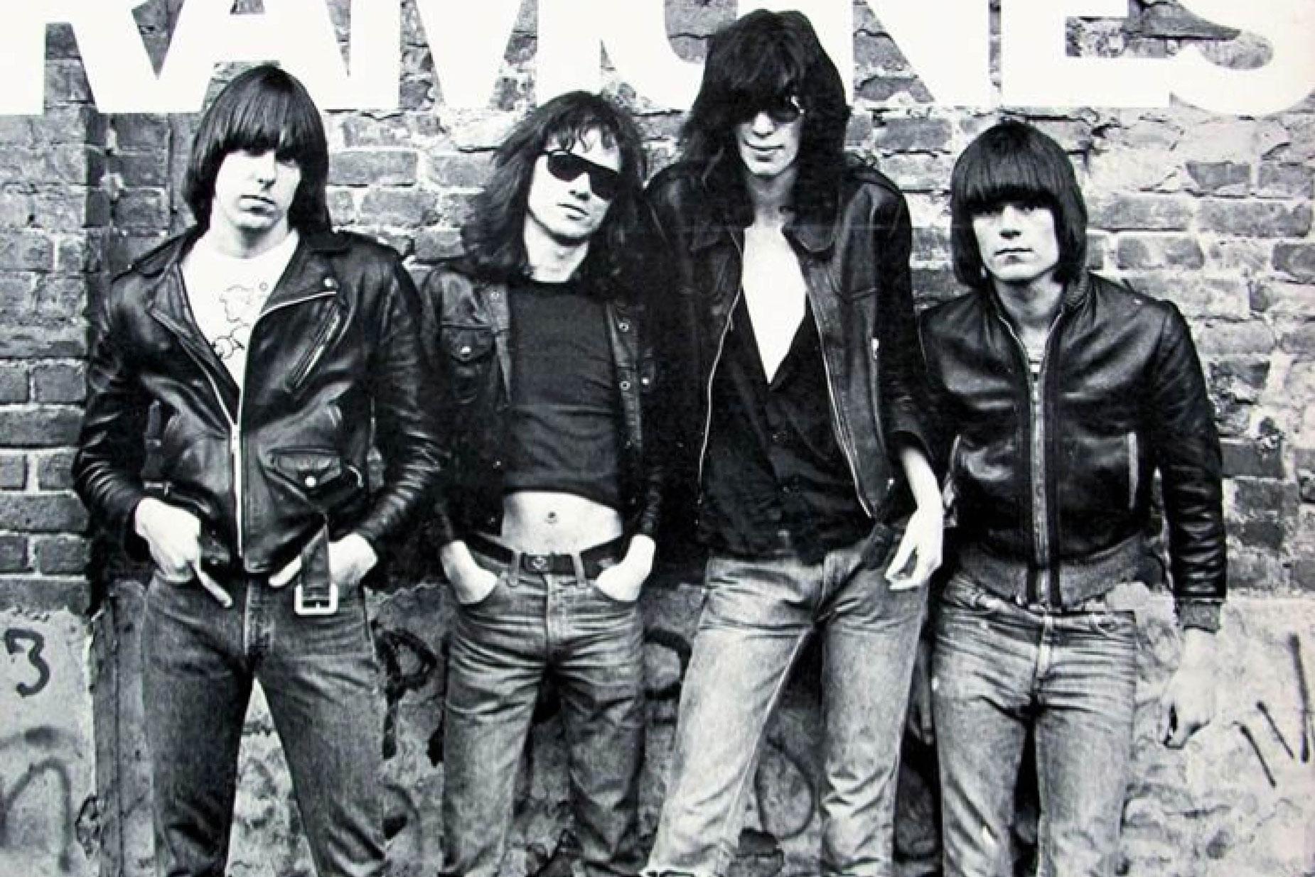 61_The_Ramones